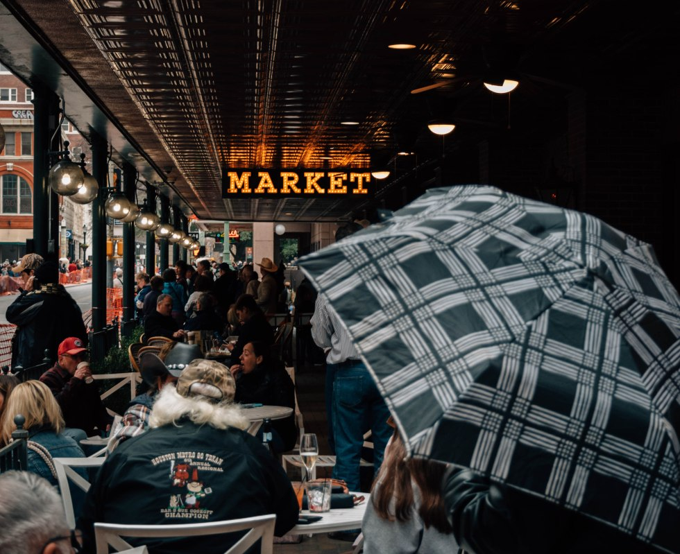 Market umbrella 1